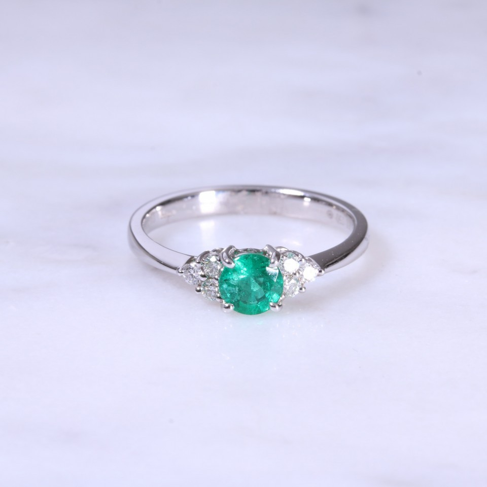 Emerald & Trefoil Diamond Ring