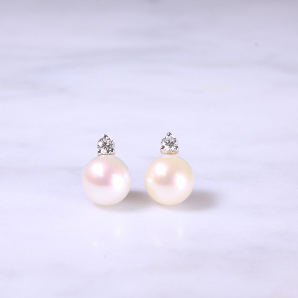 Diamond & Cultured Pearl Ear Studs