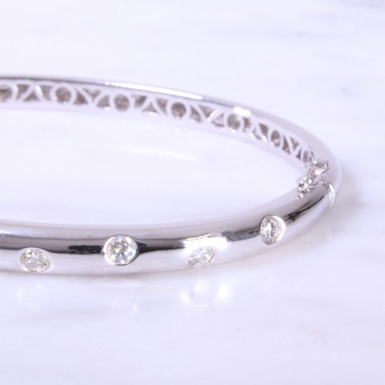 White Gold Offset Diamond Dot Bangle 5mm