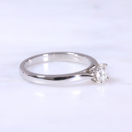 Round Brilliant Diamond 4 claw Solitaire Engagement Ring 0.40ct