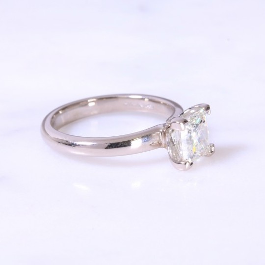 Secondhand princess diamond solitaire engagament ring 1.51ct