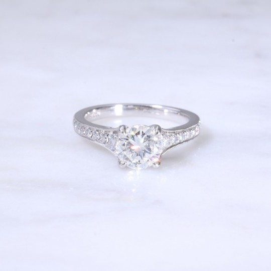 Round Brilliant Diamond 4 Claw Engagement Ring
