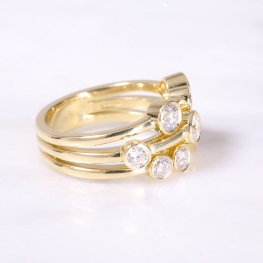 3 Row Scattered Round Brilliant Diamond Ring