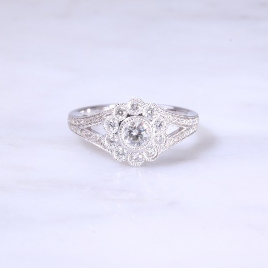 Round Brilliant Diamond Milgrain Cluster Ring