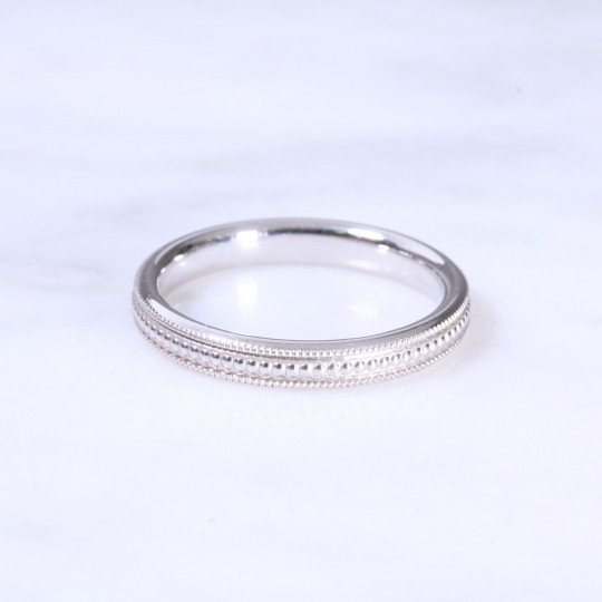 18ct 2.5mm Bead Wedding Band