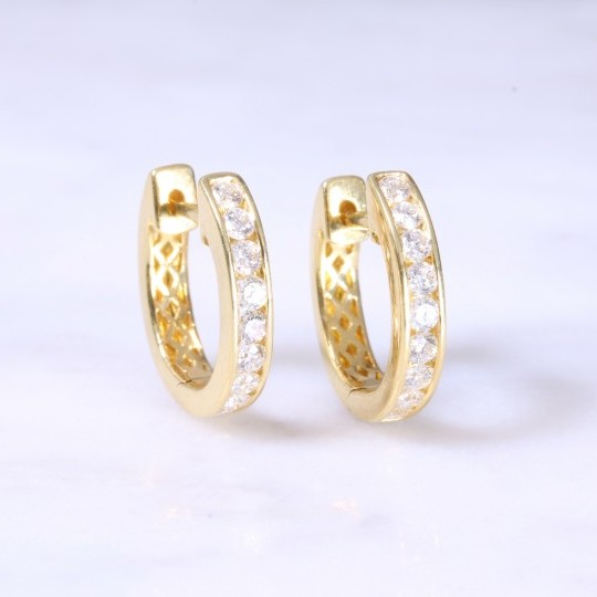 Diamond Channel Set Huggie Hoop earrings