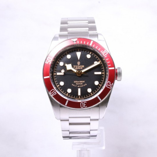 Tudor Heritage Black Bay Burgundy I380978