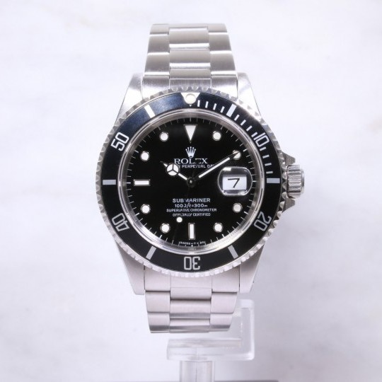 Rolex Steel Submariner Date 16610
