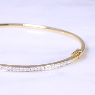 Fine Diamond Grain Set Bangle