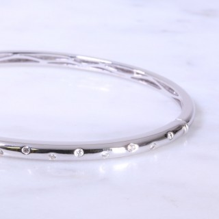 White Gold Offset Diamond Dot Bangle 3mm