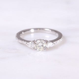 Round Brilliant & Pear Diamond 3 Stone Ring