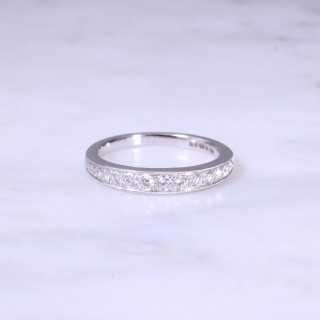 Graduated Grain Set Diamond 1/2 Eternity Ring