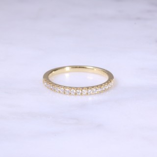Fine Claw Set 1/2 Eternity Ring
