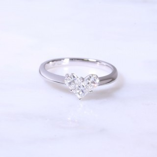 3 Diamonds Heart Design Engagement Ring