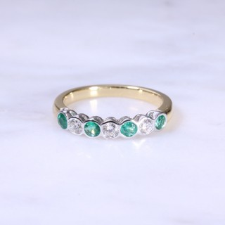 Emerald & Diamond 7 Stone Rub-Over Ring